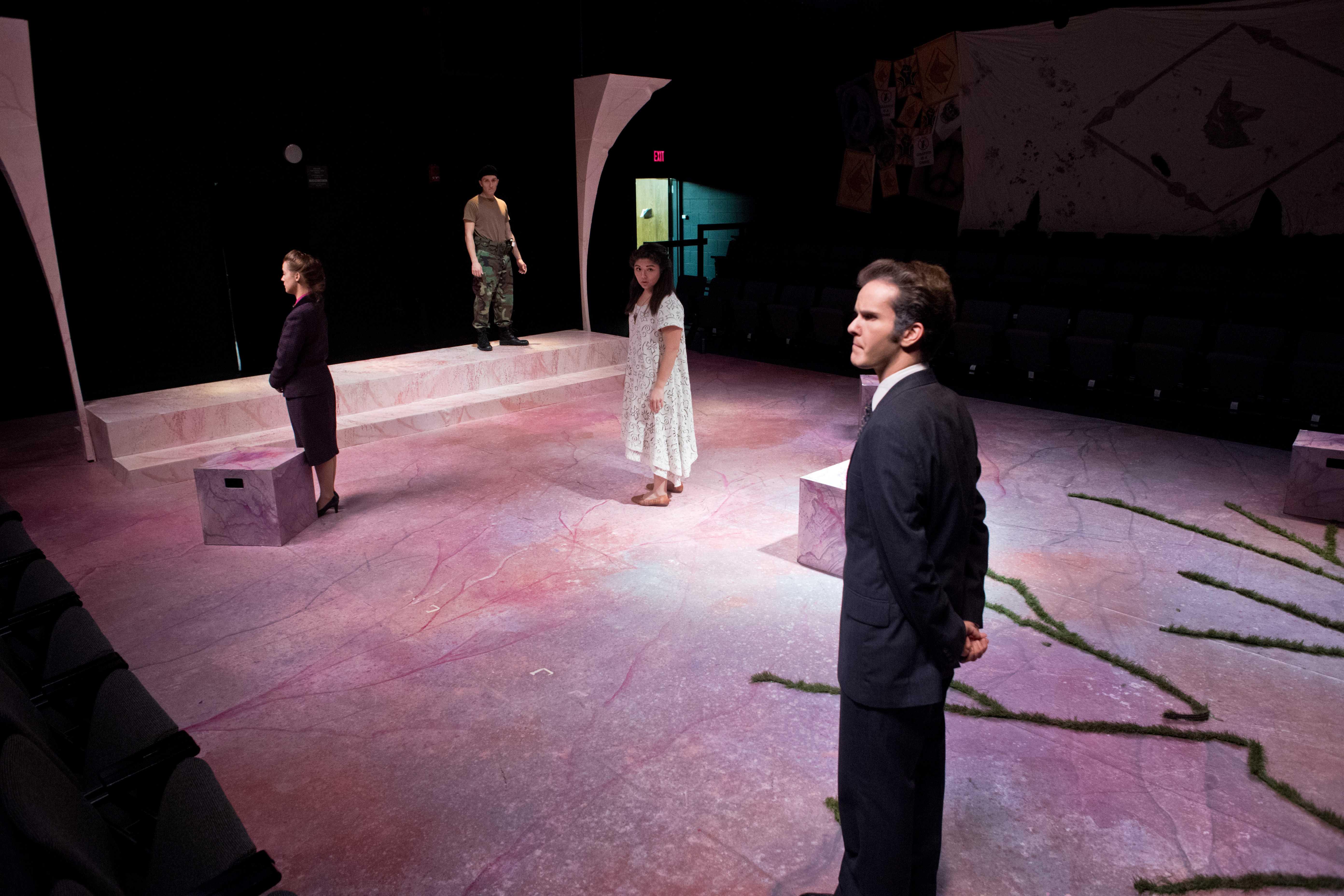 201710_sfa_theatre_Antigone_009